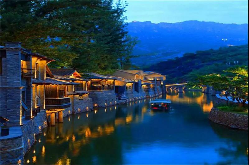 景区夜游-休闲度假旅游需要开启景区夜游