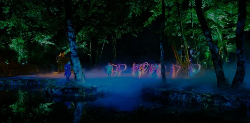 案例分享-大型沉浸式山水实景演艺《江清月近人》